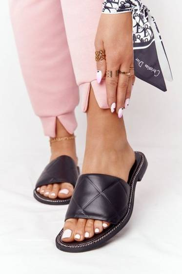 Leather Slippers With Quilting Nicole 2650 Black