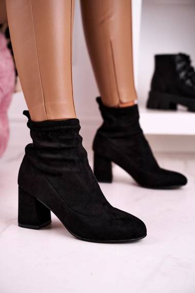 Classic Women's Ankle Boots Suede Black Ring