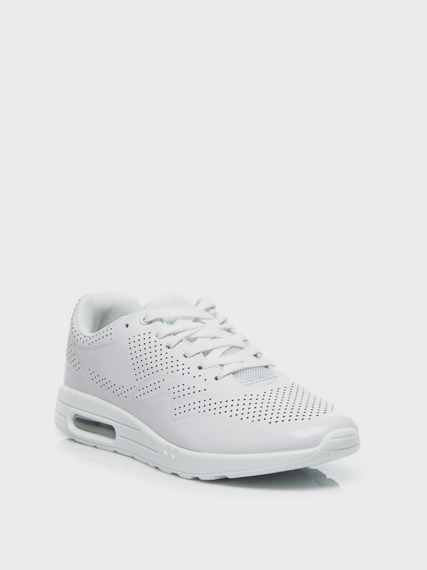 White Sneakers Air