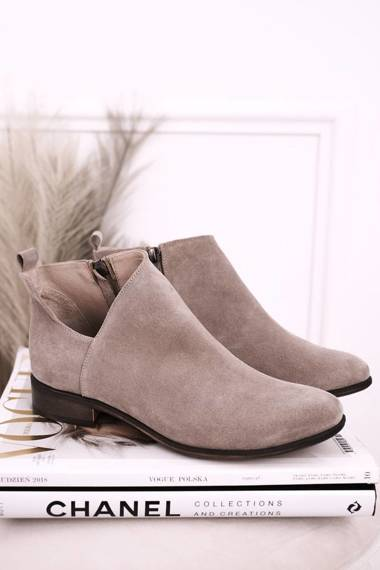 Women's Boots With A Cut Suede Cappuccino Clarence