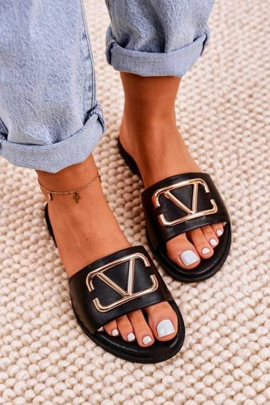Women's Classic Leather Slippers Black Evie