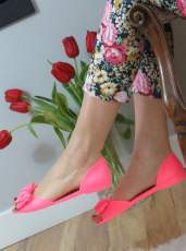 RUBBER SLIP ON SHOES WITH A BOW