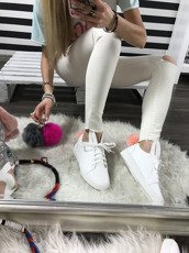 WHITE TRAINERS BUNNY WITH POMPOM